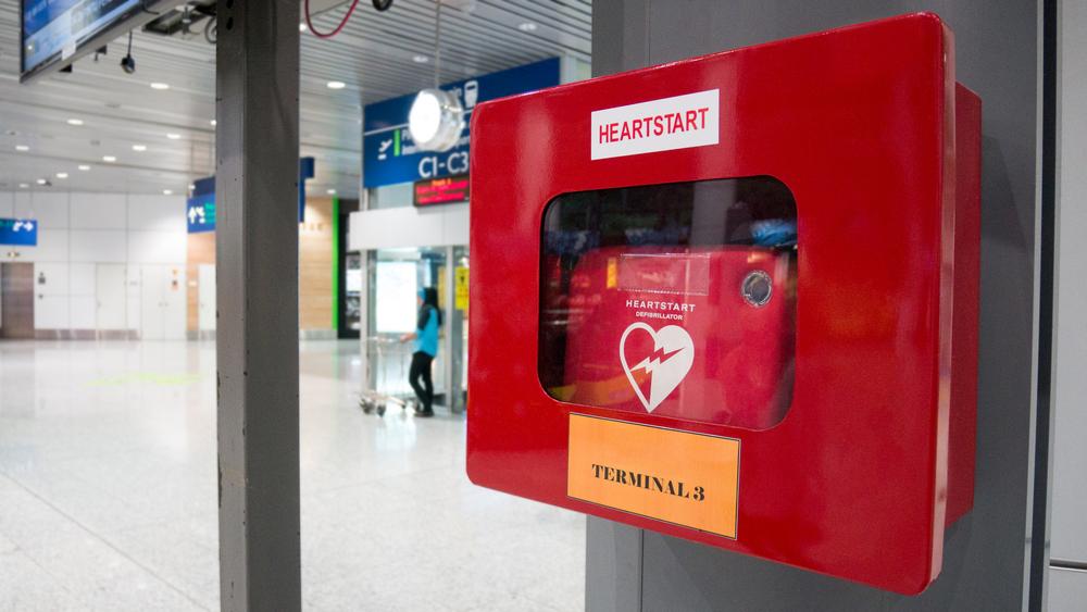 Défibrillateur en entreprise et en lieu public : les nouvelles lois en 2021